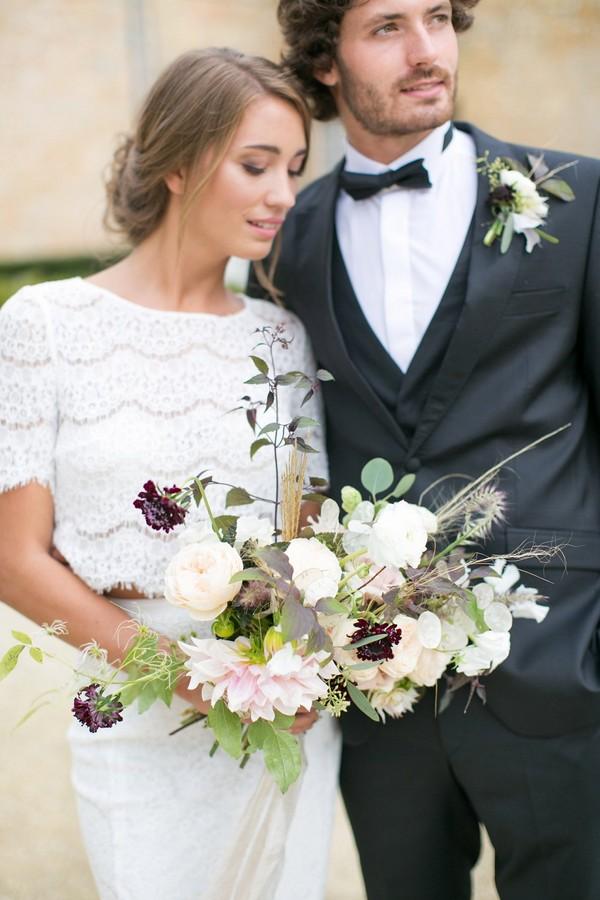 Bride's natural, organic wedding bouquet