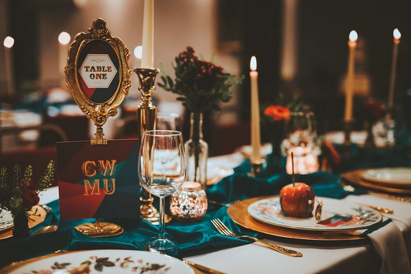 1920's carnival themed wedding table styling