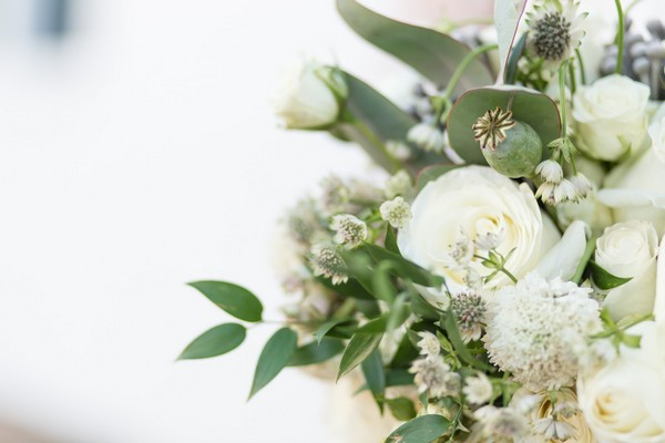 White ad green bridal bouquet