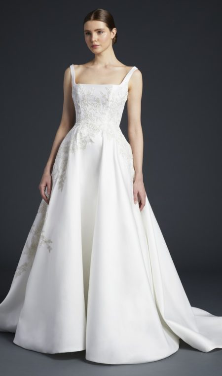 Venturi Wedding Dress from the Anne Barge Fall 2019 Bridal Collection