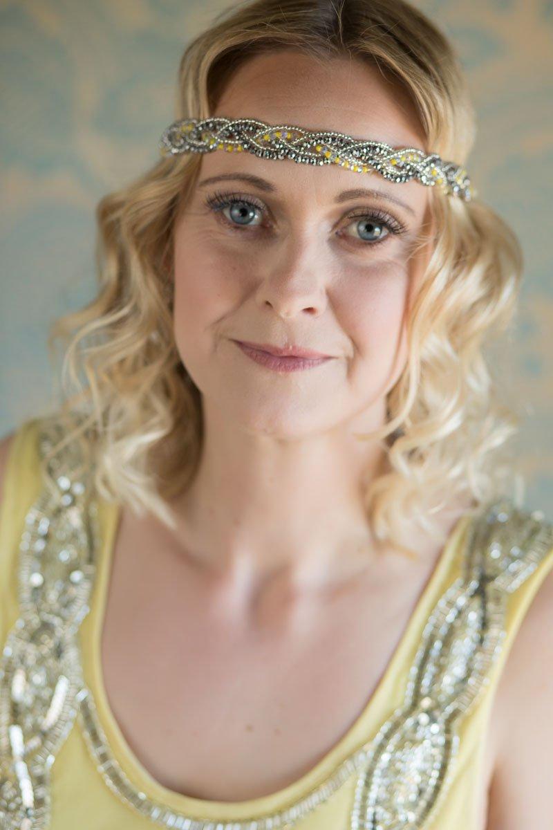 Bridesmaid wearing vintage style headband