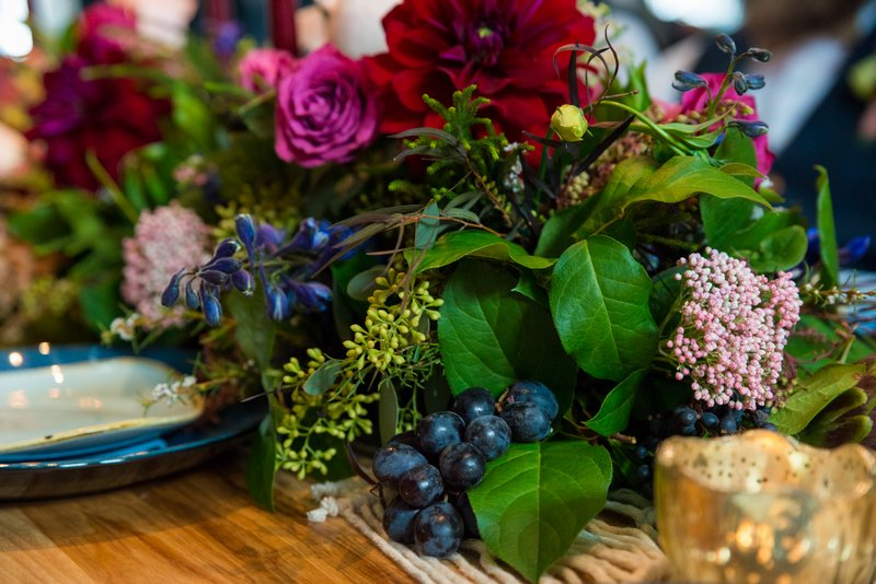 Winter wedding table flowers