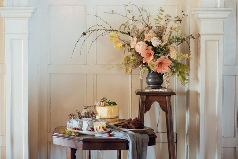 Small wedding cake table