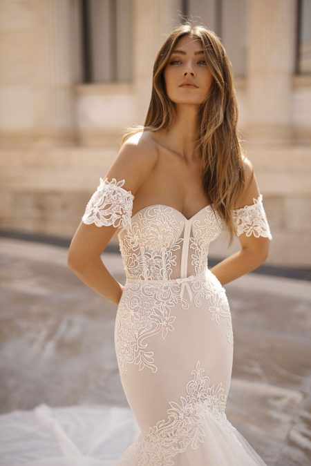Detail on 19-107 Wedding Dress from the BERTA Athens F/W 2019 Bridal Collection