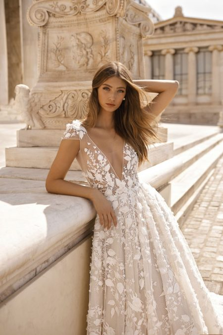 Detail on 19-112 Wedding Dress from the BERTA Athens F/W 2019 Bridal Collection