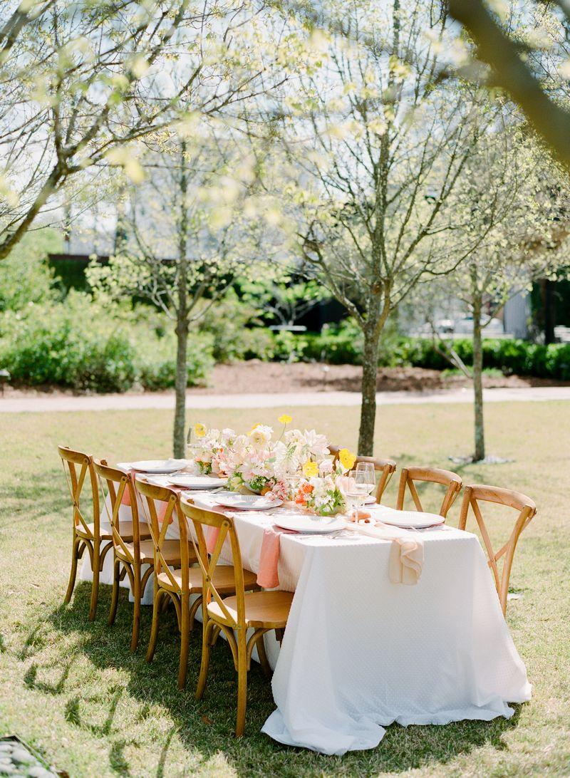Elegant wedding table outdoors
