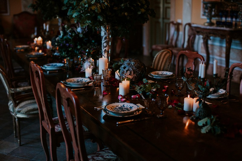 Wedding table with decadent winter styling