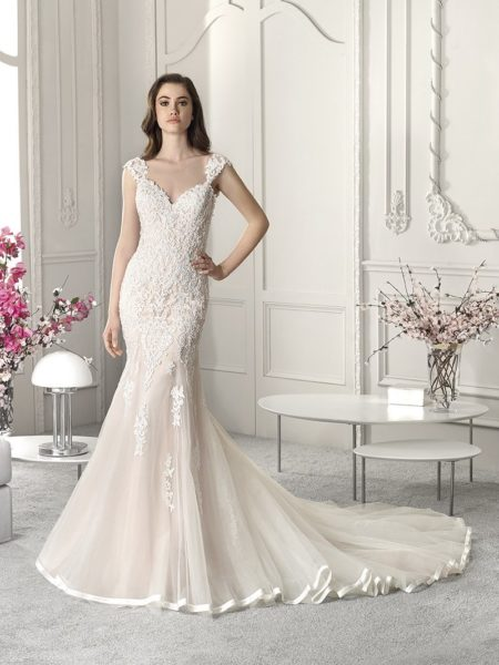 816 Wedding Dress from the Demetrios Starlight 2019 Bridal Collection