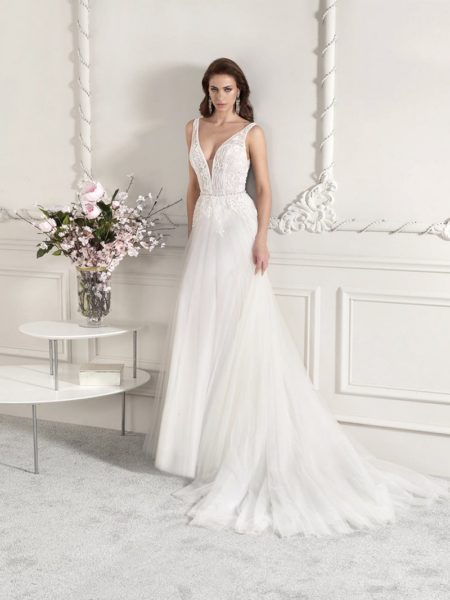 817 Wedding Dress from the Demetrios Starlight 2019 Bridal Collection