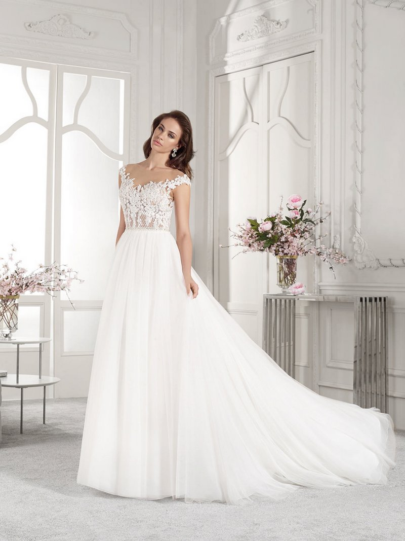 840 Wedding Dress from the Demetrios Starlight 2019 Bridal Collection