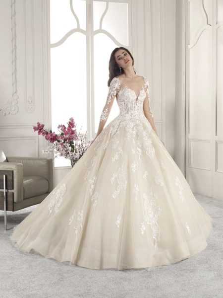 843 Wedding Dress from the Demetrios Starlight 2019 Bridal Collection
