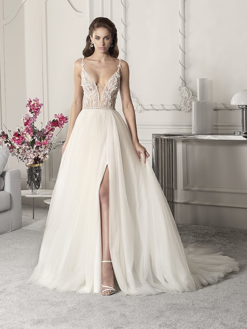 848 Wedding Dress from the Demetrios Starlight 2019 Bridal Collection