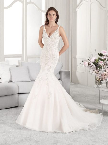 849 Wedding Dress from the Demetrios Starlight 2019 Bridal Collection