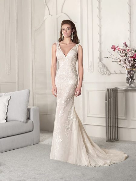 855 Wedding Dress from the Demetrios Starlight 2019 Bridal Collection