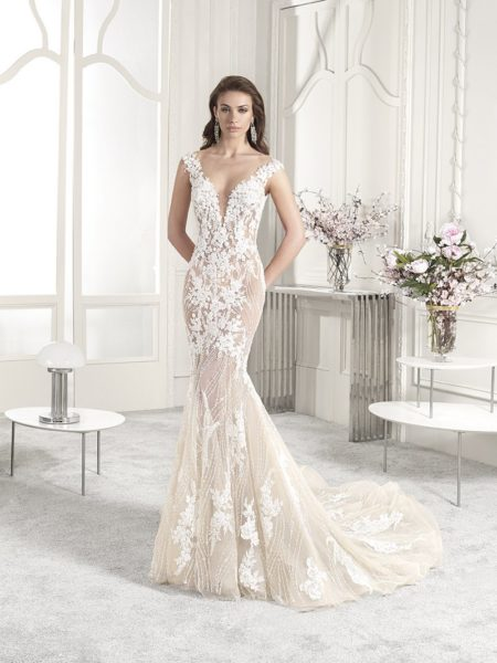 883 Wedding Dress from the Demetrios Starlight 2019 Bridal Collection