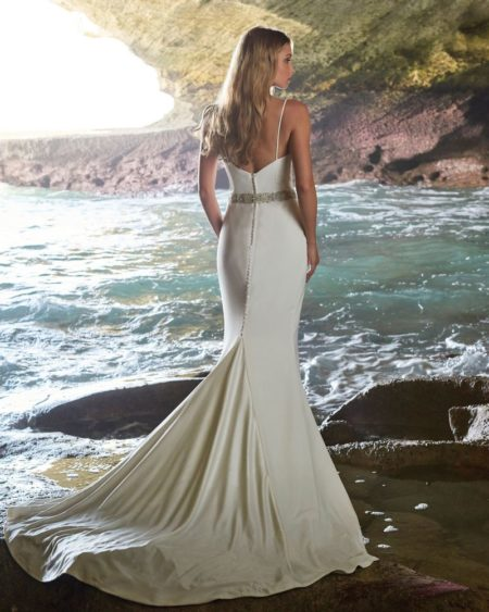Back of Madison Wedding Dress from the Elbeth Gillis Luminescence 2019 Bridal Collection