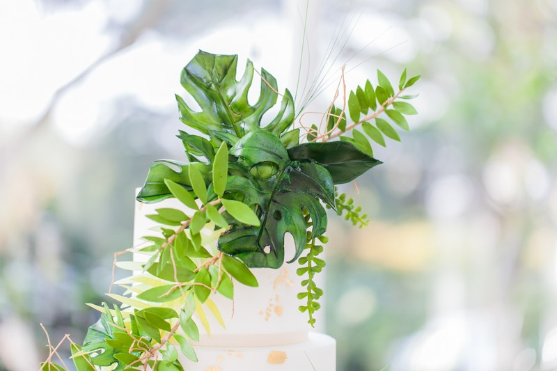 Tropical palm leaf wedding cake topper