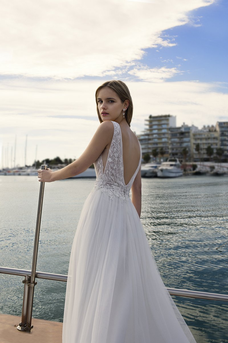 Back of DR261 Wedding Dress from the Demetrios Destination Romance 2019 Bridal Collection
