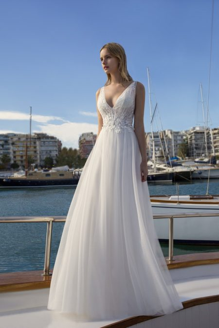 DR261 Wedding Dress from the Demetrios Destination Romance 2019 Bridal Collection