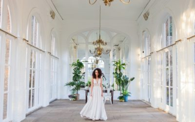 'Plantation Chic' Palm and Gold Tropical Wedding Styling