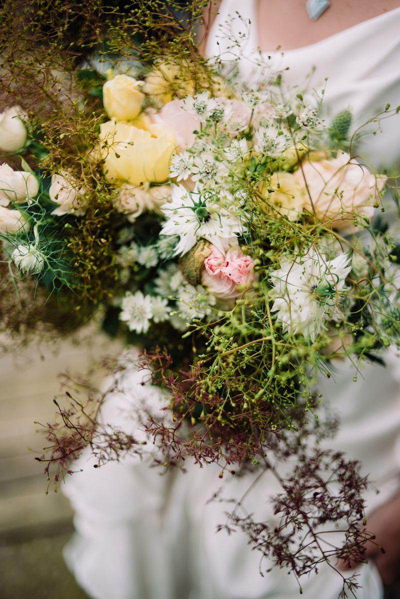 Bride's wild, rustic bouquet