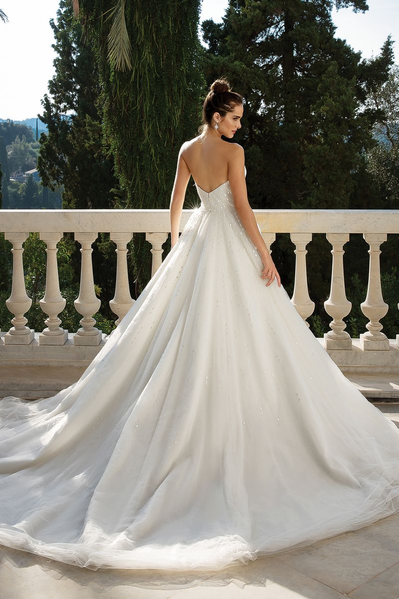 Back of Style 88070 Wedding Dress from the Justin Alexander Fall/Winter 2019 Bridal Collection