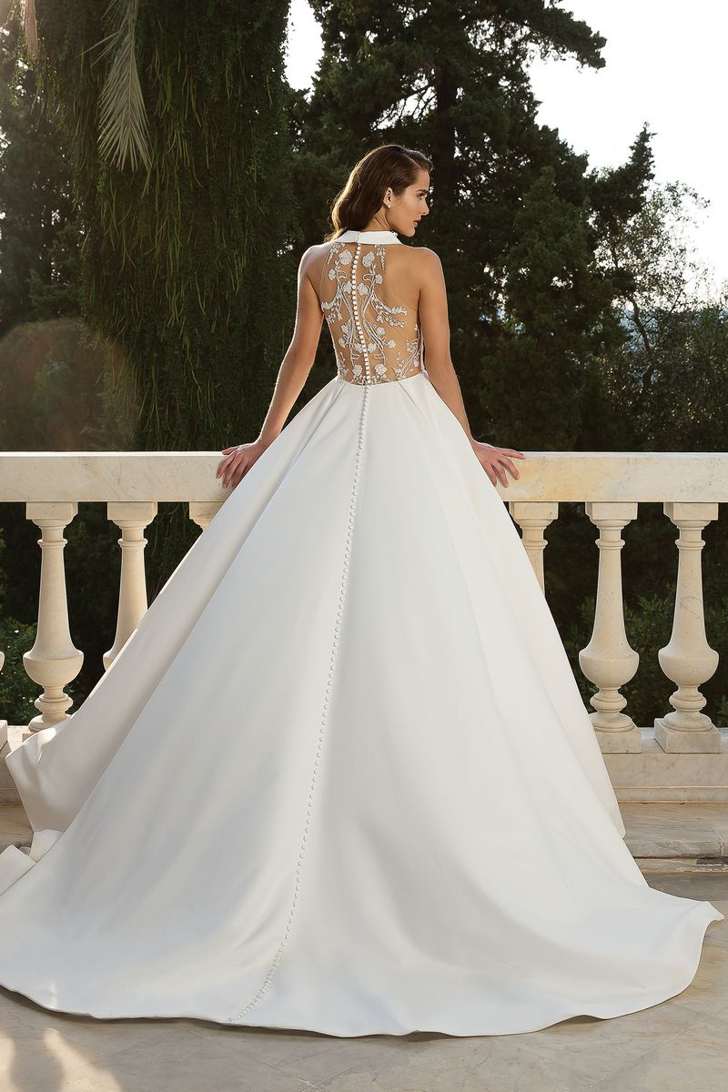 Back of Style 88072 Wedding Dress from the Justin Alexander Fall/Winter 2019 Bridal Collection