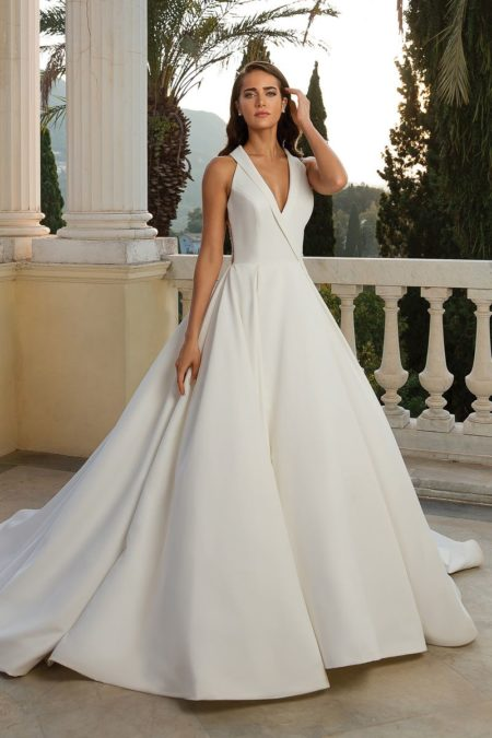 Style 88072 Wedding Dress from the Justin Alexander Fall/Winter 2019 Bridal Collection