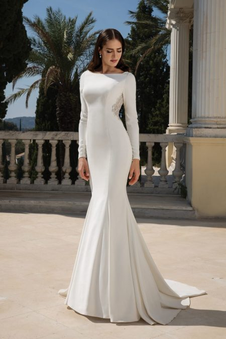 Style 88076 Wedding Dress from the Justin Alexander Fall/Winter 2019 Bridal Collection
