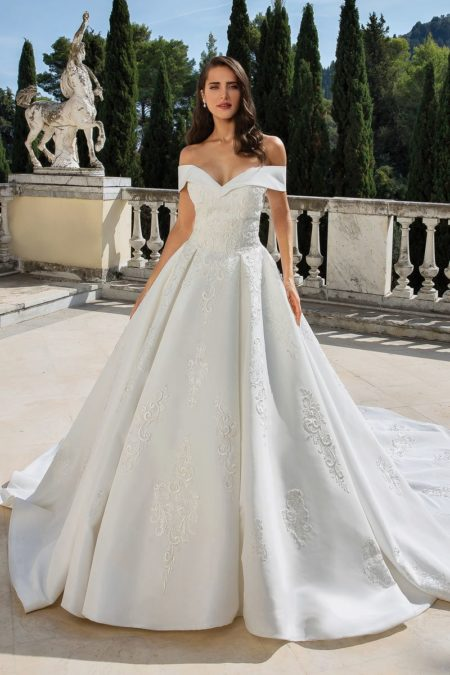 Style 88078 Wedding Dress from the Justin Alexander Fall/Winter 2019 Bridal Collection