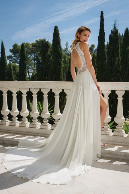Back of Style 88080 Wedding Dress from the Justin Alexander Fall/Winter 2019 Bridal Collection