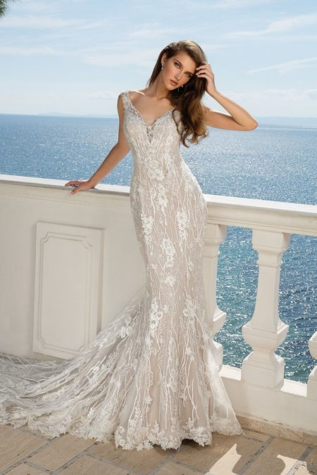 Style 88081 Wedding Dress from the Justin Alexander Fall/Winter 2019 Bridal Collection