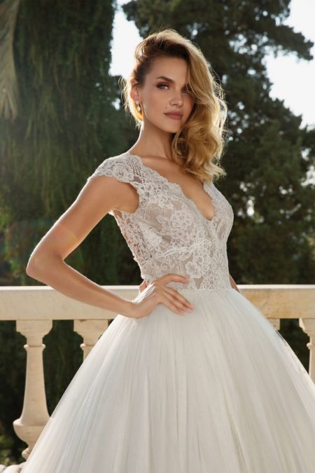 Detail on Style 88082 Wedding Dress from the Justin Alexander Fall/Winter 2019 Bridal Collection