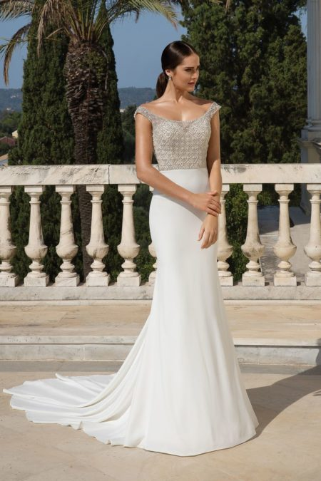 Style 88083 Wedding Dress from the Justin Alexander Fall/Winter 2019 Bridal Collection