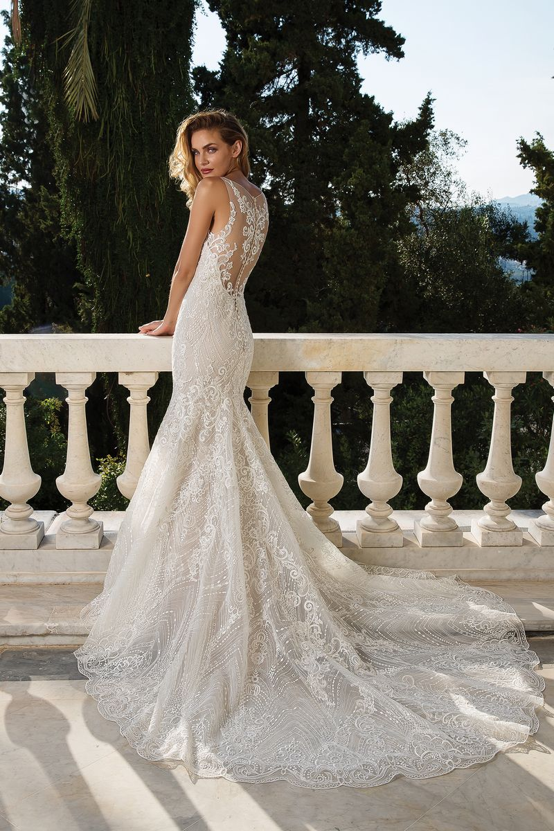 Back of Style 88088 Wedding Dress from the Justin Alexander Fall/Winter 2019 Bridal Collection