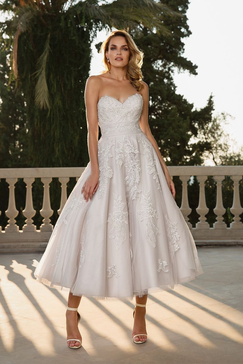 Style 88089 Wedding Dress from the Justin Alexander Fall/Winter 2019 Bridal Collection