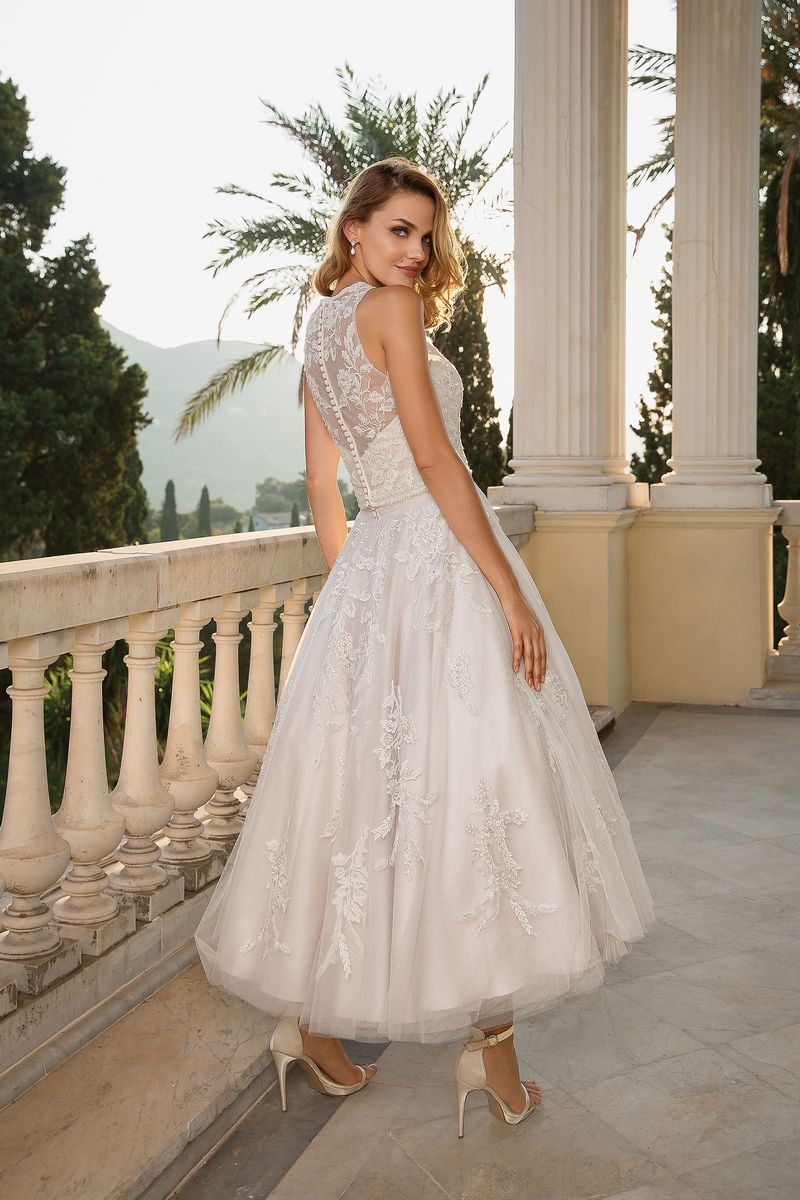 Back of Style 88089 Wedding Dress with Detachable Jacket from the Justin Alexander Fall/Winter 2019 Bridal Collection