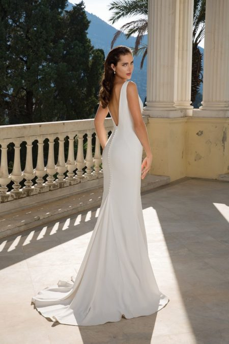 Back of Style 88094 Wedding Dress from the Justin Alexander Fall/Winter 2019 Bridal Collection