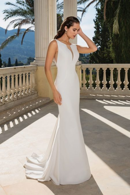 Style 88094 Wedding Dress from the Justin Alexander Fall/Winter 2019 Bridal Collection