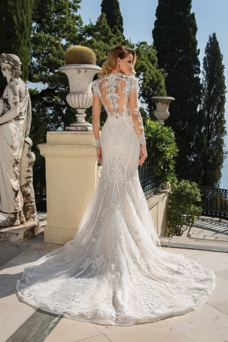 Back of Style 88099 Wedding Dress from the Justin Alexander Fall/Winter 2019 Bridal Collection