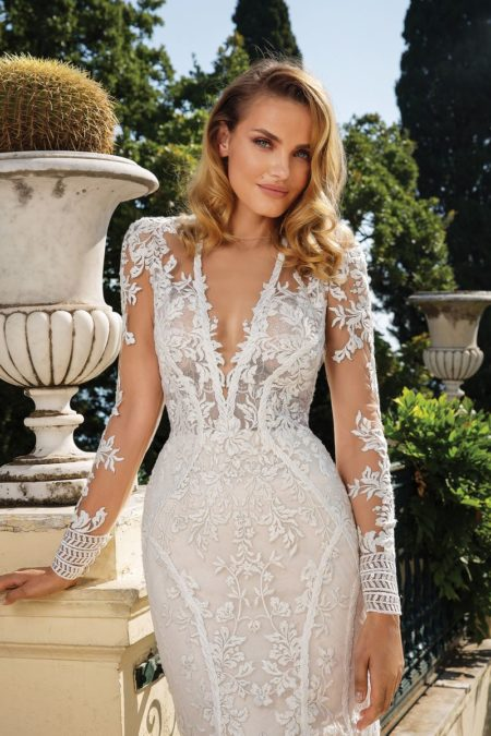 Detail on Style 88099 Wedding Dress from the Justin Alexander Fall/Winter 2019 Bridal Collection