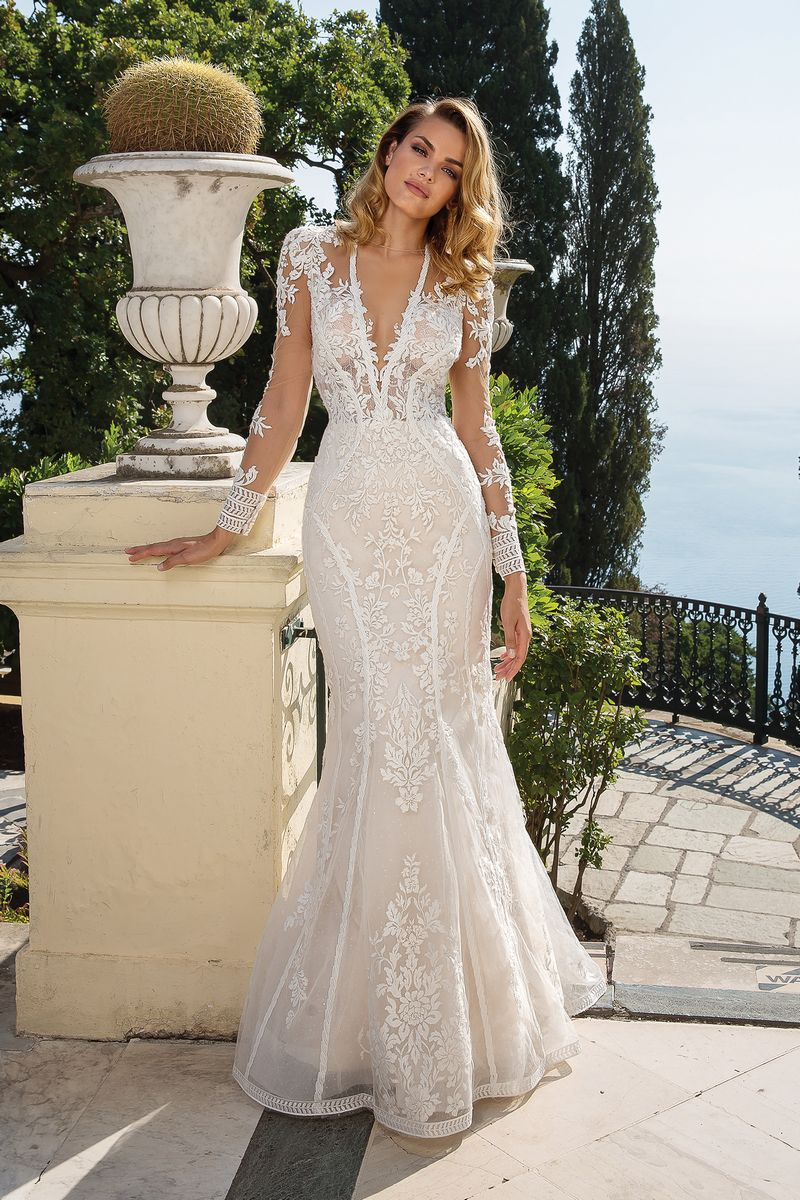 Style 88099 Wedding Dress from the Justin Alexander Fall/Winter 2019 Bridal Collection