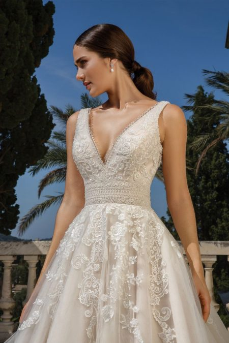Detail on Style 88100 Wedding Dress from the Justin Alexander Fall/Winter 2019 Bridal Collection