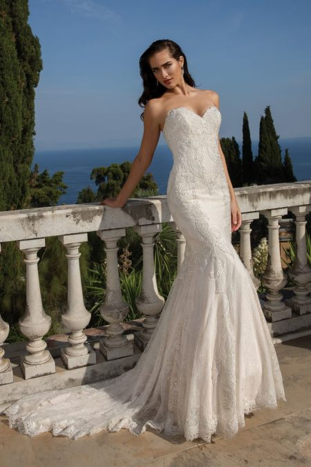 Style 88101 Wedding Dress from the Justin Alexander Fall/Winter 2019 Bridal Collection