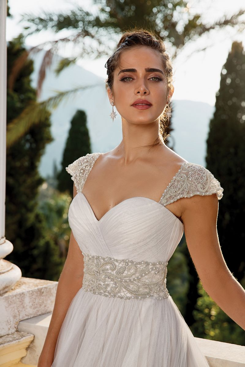 Detail on Style 88102 Wedding Dress with Detachable Sleeves from the Justin Alexander Fall/Winter 2019 Bridal Collection