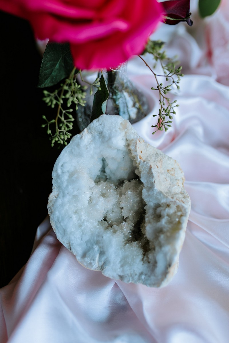 Geode on wedding table