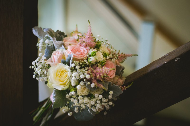 Bridal bouquet with pink and white flowers