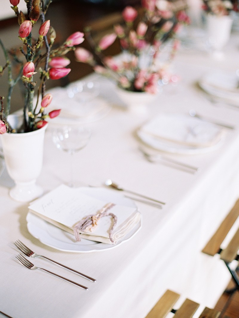 Simple, elegant wedding place setting