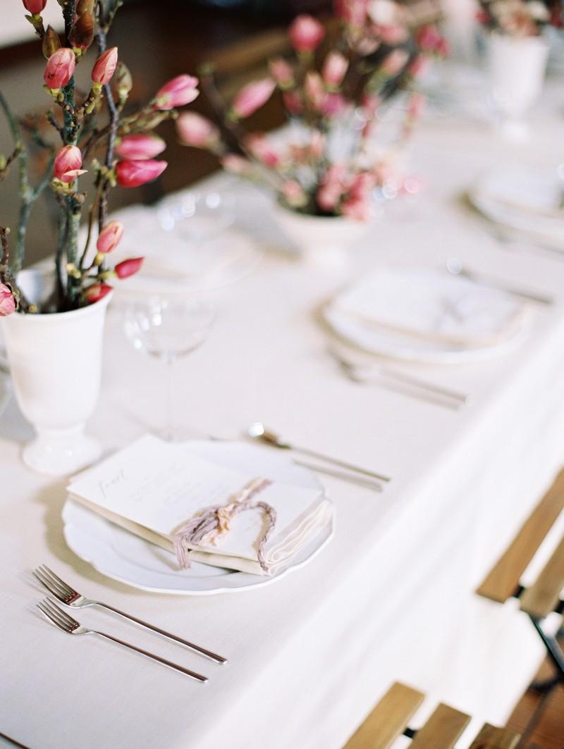 Simple, elegant wedding place setting