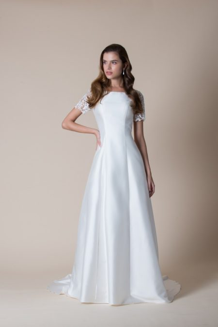 Afton Wedding Dress from the MiaMia Flying Down to Rio 2020 Bridal Collection